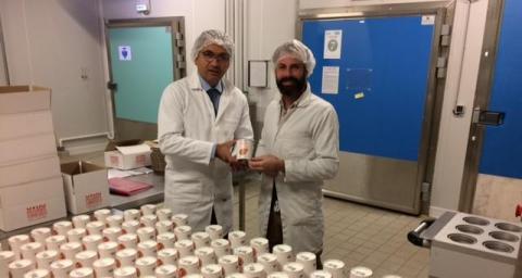 Dominique Gueudet, Total Développement Régional, à gauche avec Emmanuel Chevalier chez Mamm'cookies