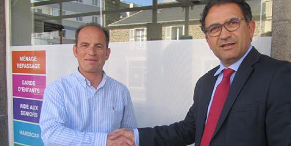 Yann de La Bellière (Bzh Services) et Dominique Gueudet